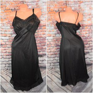Vanity Fair 38 Medium Tall Full Bra Dress Slip Blk